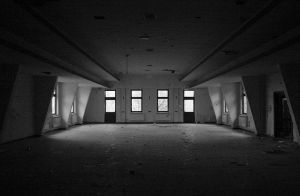 34-The-Mess-Hall-Canon-20D-Holga-60mm-Lens.jpg